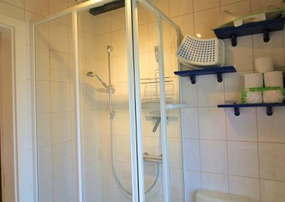 Ferien Dorum Ferienhaus Deichgraf Badezimmer